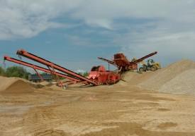 Washed gravel and shingle production.